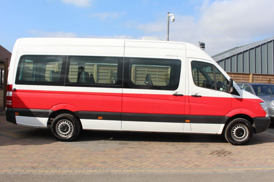 MERCEDES SPRINTER 316 CDI 163 TRAVELINER LWB 15 SEAT BUS HIGH ROOF - 8100 - 4