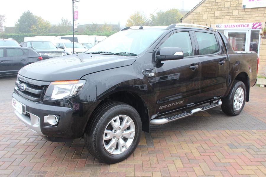 FORD RANGER TDCI 197 WILDTRAK 4X4 DOUBLE CAB WITH ROLL'N'LOCK TOP - 6862 - 8