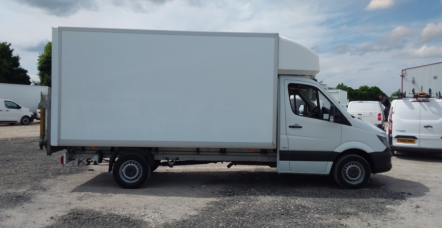 MERCEDES SPRINTER 314 CDI 140 LWB 'ONE STOP' LUTON WITH TAIL LIFT - 10777 - 3