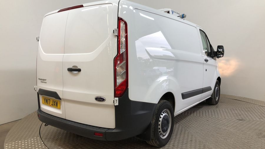 FORD TRANSIT CUSTOM 270 TDCI 105 L1H1 SWB LOW ROOF FRIDGE VAN WITH OVERNIGHT FWD - 11587 - 3