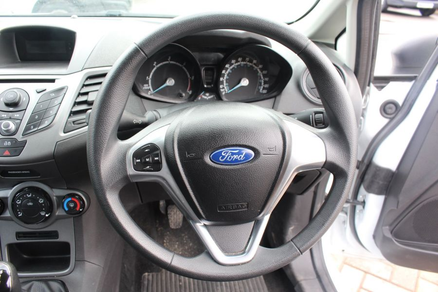 FORD FIESTA BASE 1.5 TDCI 74 - 7301 - 13