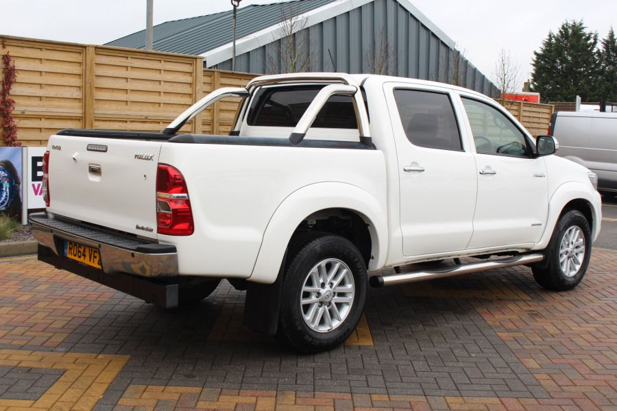 TOYOTA HI-LUX INVINCIBLE 4X4 D-4D 169 DOUBLE CAB WITH ROLL'N'LOCK TOP - 7307 - 5