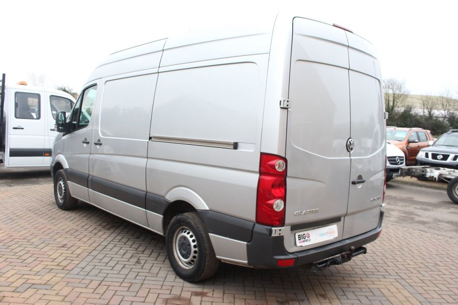 VOLKSWAGEN CRAFTER CR35 TDI MWB HIGH ROOF - 7130 - 7