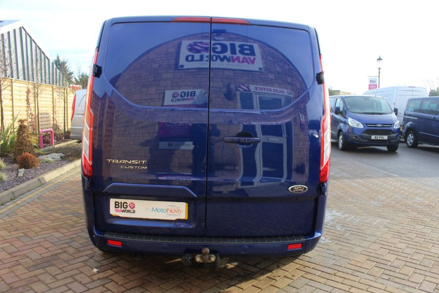 FORD TRANSIT CUSTOM 290 TDCI 125 L2 H1 LIMITED DOUBLE CAB 6 SEAT CREW VAN LWB LOW ROOF FWD  - 7113 - 6
