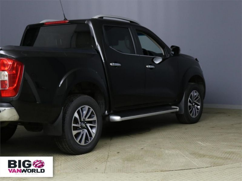 NISSAN NP300 NAVARA DCI 190 TEKNA 4X4 DOUBLE CAB WITH ROLL'N'LOCK TOP - 9186 - 2
