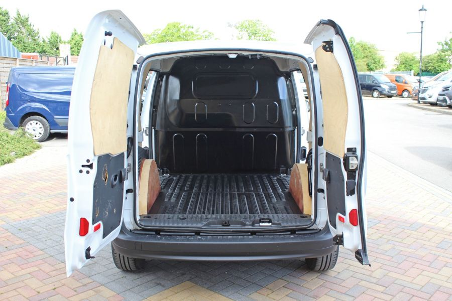 MERCEDES CITAN 109 CDI 90 LWB LOW ROOF - 9392 - 28