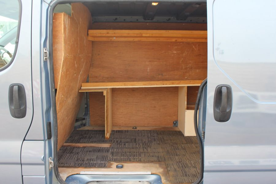 RENAULT TRAFIC SL27 DCI 115 SPORT SWB LOW ROOF - 7442 - 20