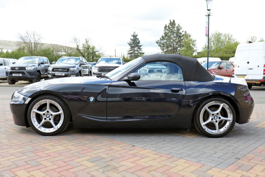 BMW Z SERIES Z4 2.0i SPORT ROADSTER 150 BHP CONVERTIBLE  (14313) - 12619 - 11