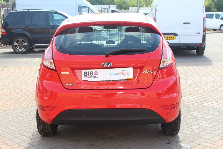 FORD FIESTA TDCI 95 ECONETIC TREND - 6293 - 6