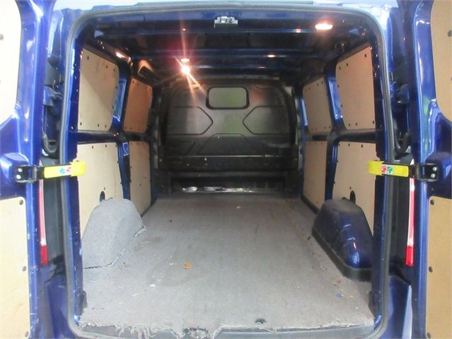 FORD TRANSIT CUSTOM 270 TDCI 155 LIMITED L1 H1 SWB LOW ROOF FWD - 6586 - 18