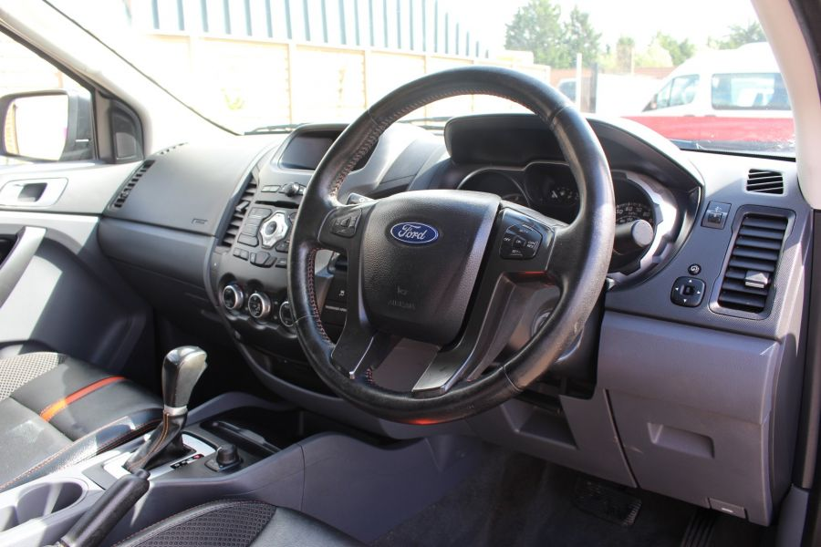 FORD RANGER WILDTRAK TDCI 200 4X4 DOUBLE CAB  - 8201 - 13