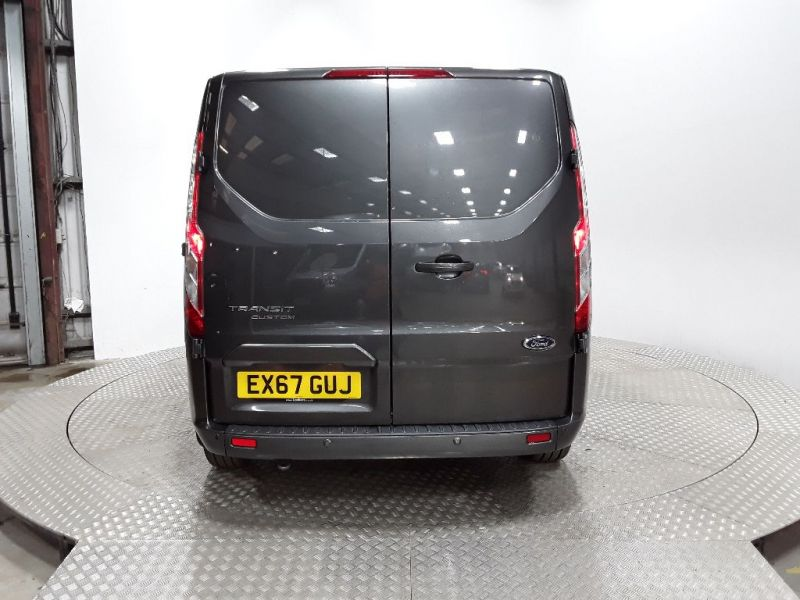 FORD TRANSIT CUSTOM 270 TDCI 130 L1H1 LIMITED SWB LOW ROOF FWD - 11632 - 4