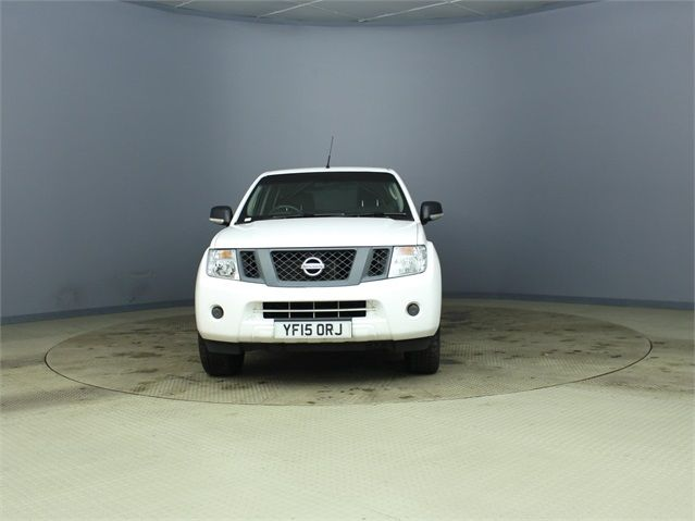 NISSAN NAVARA DCI 144 VISIA 4X4 DOUBLE CAB WITH TRUCKMAN TOP - 7405 - 7