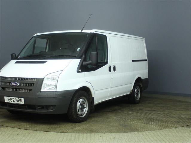 FORD TRANSIT 300 TDCI 100 SWB LOW ROOF FWD - 7264 - 5