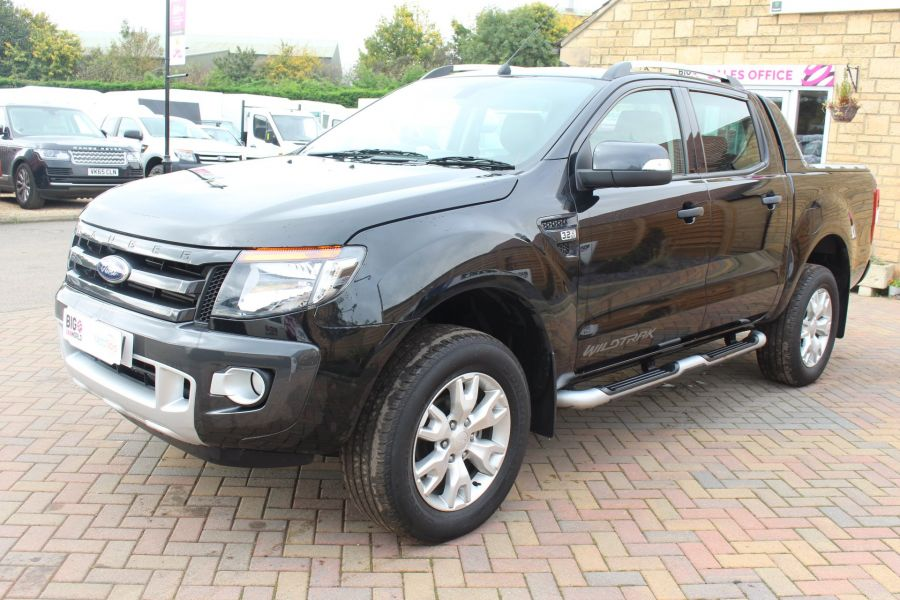 FORD RANGER WILDTRAK TDCI 200 4X4 DOUBLE CAB WITH ROLL'N'LOCK TOP - 6801 - 8