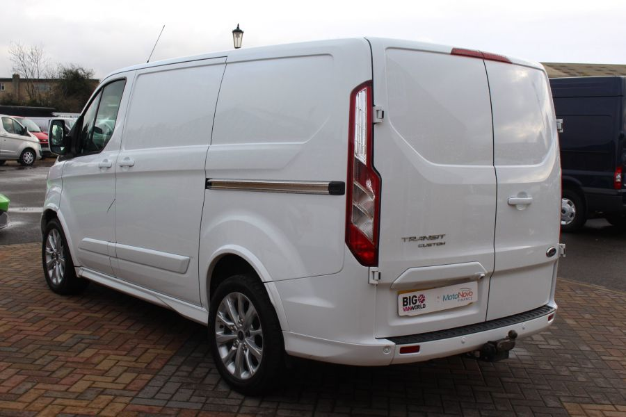 FORD TRANSIT CUSTOM 290 TDCI 155 L1 H1 SPORT SWB LOW ROOF FWD - 7036 - 7
