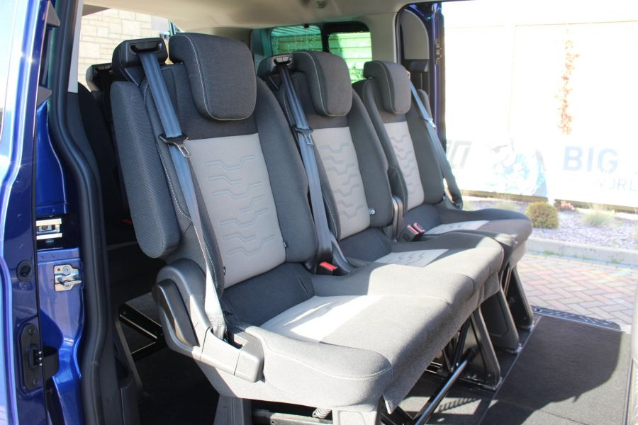 FORD TOURNEO CUSTOM 300 TDCI 125 L1 H1 LIMITED 9 SEAT MINIBUS SWB LOW ROOF FWD - 6857 - 23