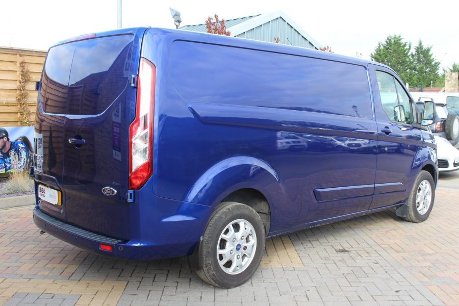 FORD TRANSIT CUSTOM 310 TDCI 155 L2 H1 LIMITED LWB LOW ROOF - 6620 - 5