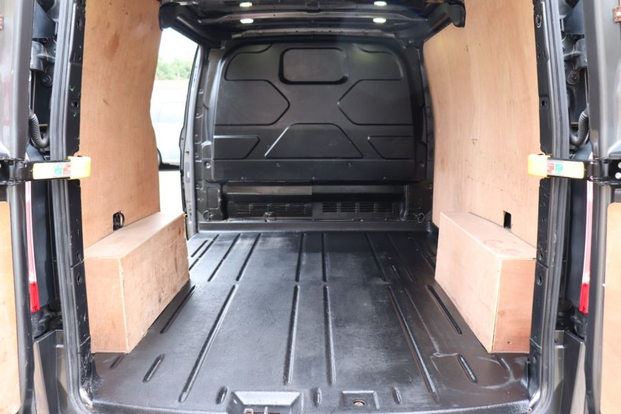 FORD TRANSIT CUSTOM 290 TDCI 170 L1H1 LIMITED SWB LOW ROOF FWD - 10514 - 38
