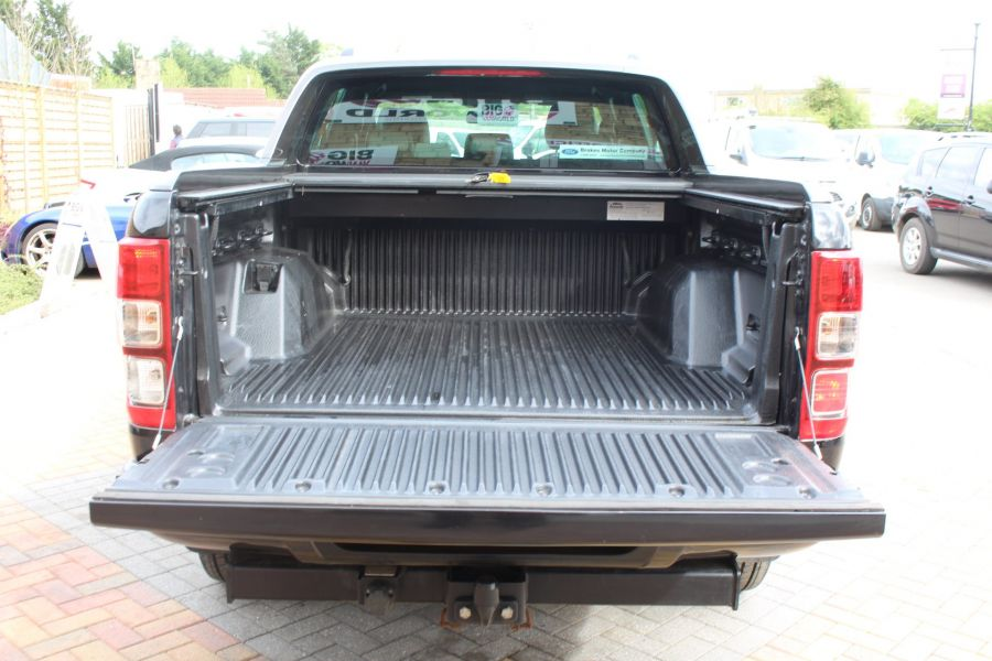 FORD RANGER WILDTRAK TDCI 197 4X4 DOUBLE CAB WITH ROLL'N'LOCK TOP - 7635 - 24