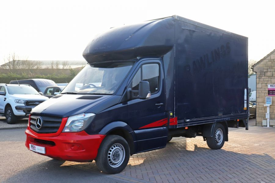 MERCEDES SPRINTER 313 CDI 129 MWB LUTON WITH TAIL LIFT - 12154 - 12