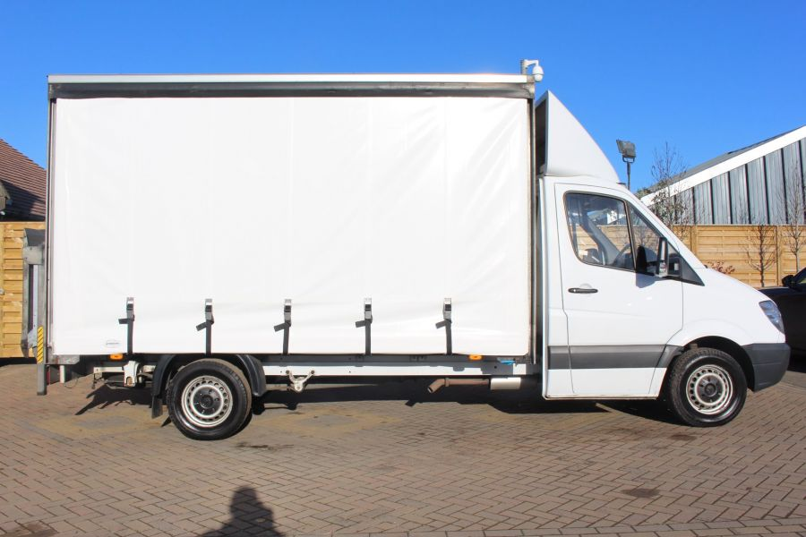 MERCEDES SPRINTER 313 CDI LWB CURTAIN SIDE BOX WITH TAIL LIFT - 6946 - 3