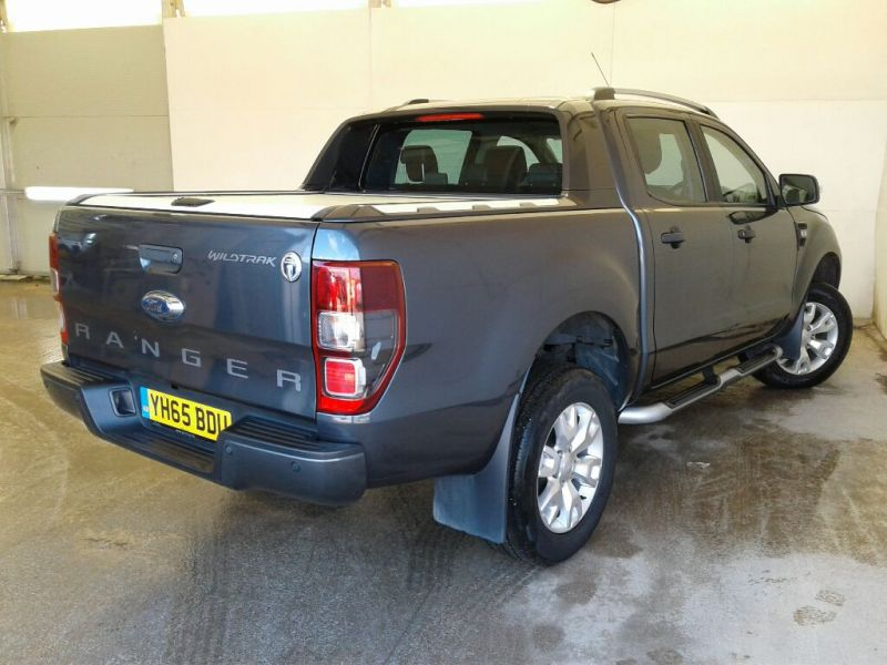 FORD RANGER WILDTRAK TDCI 200 4X4 DOUBLE CAB WITH ROLL'N'LOCK TOP - 10046 - 3