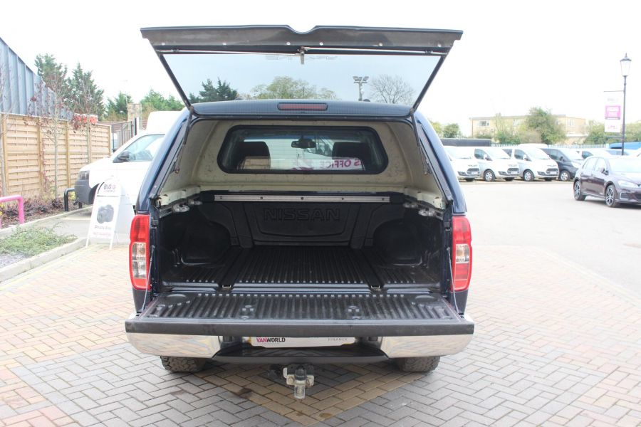 NISSAN NAVARA DCI 190 TEKNA CONNECT 4X4 DOUBLE CAB WITH TRUCKMAN TOP - 6786 - 24
