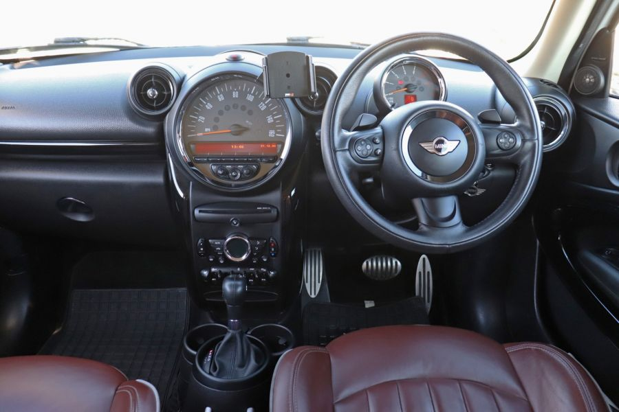 MINI PACEMAN COOPER 2.0 SD 143 ALL4 AUTO - 11657 - 17