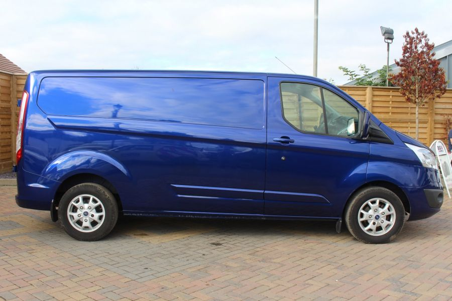FORD TRANSIT CUSTOM 310 TDCI 155 L2 H1 LIMITED LWB LOW ROOF - 6620 - 4