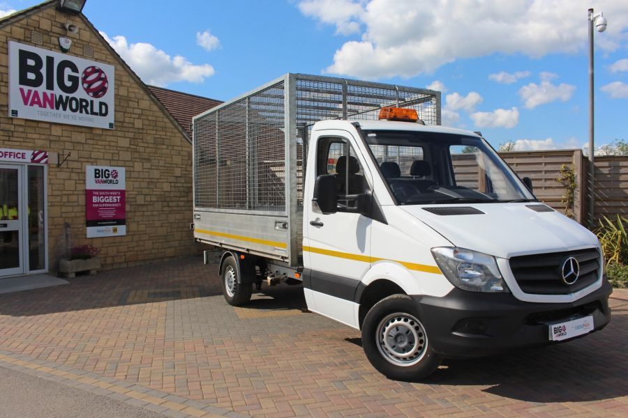 MERCEDES SPRINTER 314 CDI 140 SINGLE CAB CAGED ALLOY TIPPER - 9303 - 1