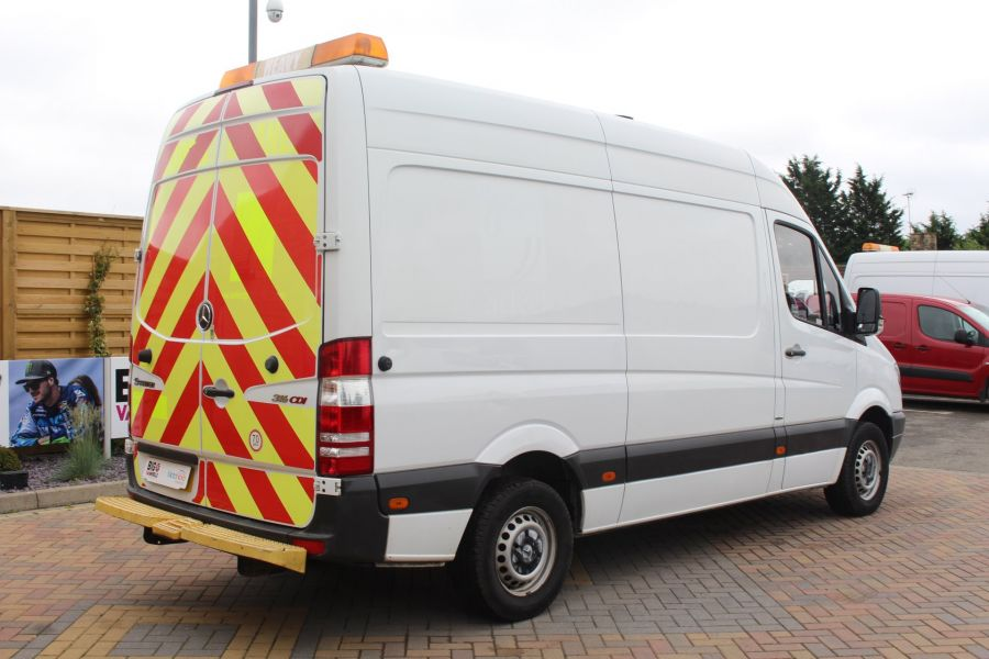 MERCEDES SPRINTER 316 CDI MWB HIGH ROOF - 6399 - 5