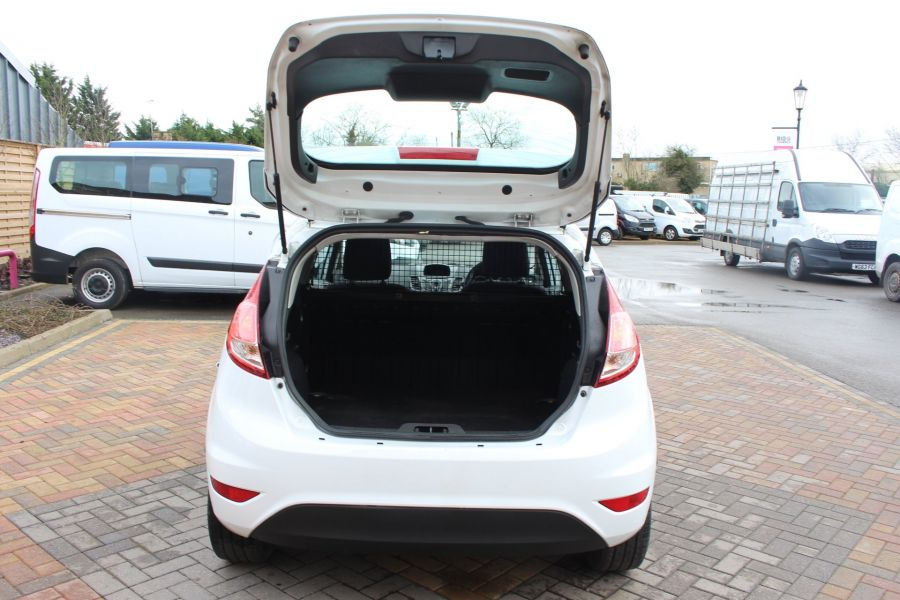 FORD FIESTA BASE 1.5 TDCI 74 - 7301 - 18
