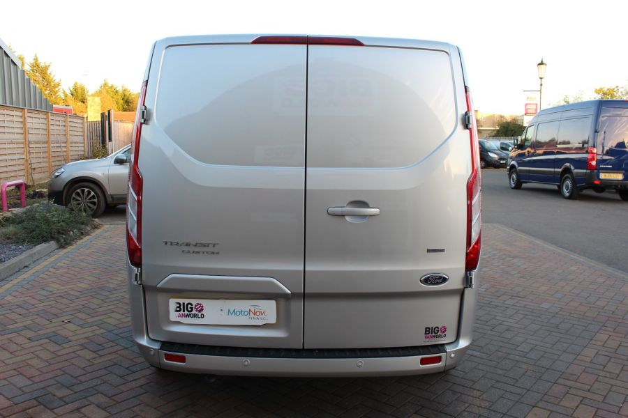 FORD TRANSIT CUSTOM 300 TDCI 130 LIMITED L1 H1 SWB LOW ROOF - 8636 - 6