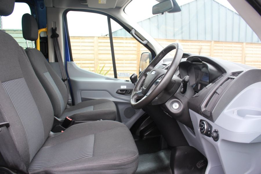 FORD TRANSIT 460 TDCI 125 TREND L4 HIGH ROOF 17 SEAT BUS - 8546 - 11