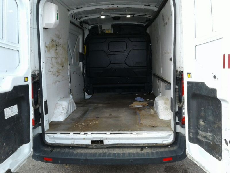 FORD TRANSIT 350 TDCI 125 L2H2 TREND MWB MEDIUM ROOF RWD - 10704 - 5