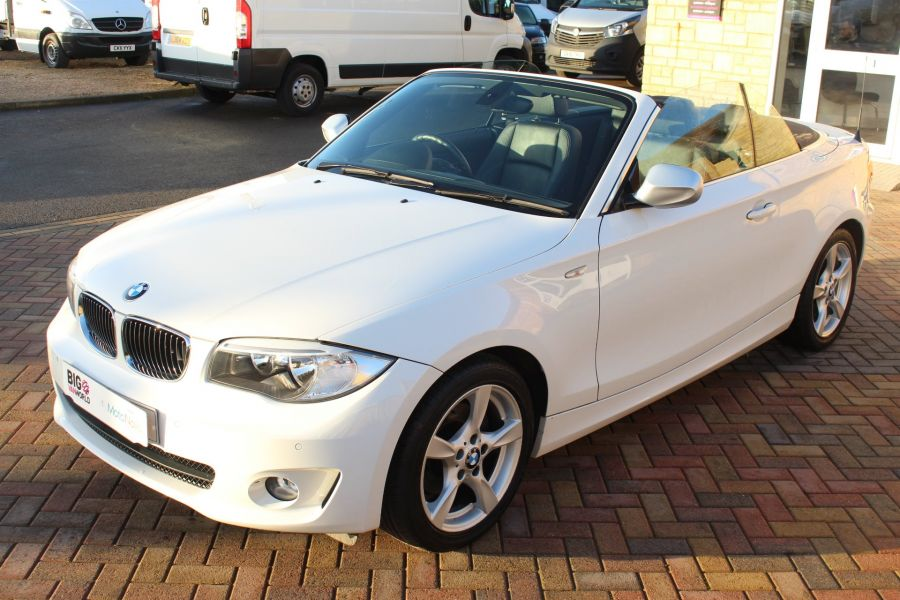 BMW 1 SERIES 120D EXCLUSIVE EDITION - 5886 - 17