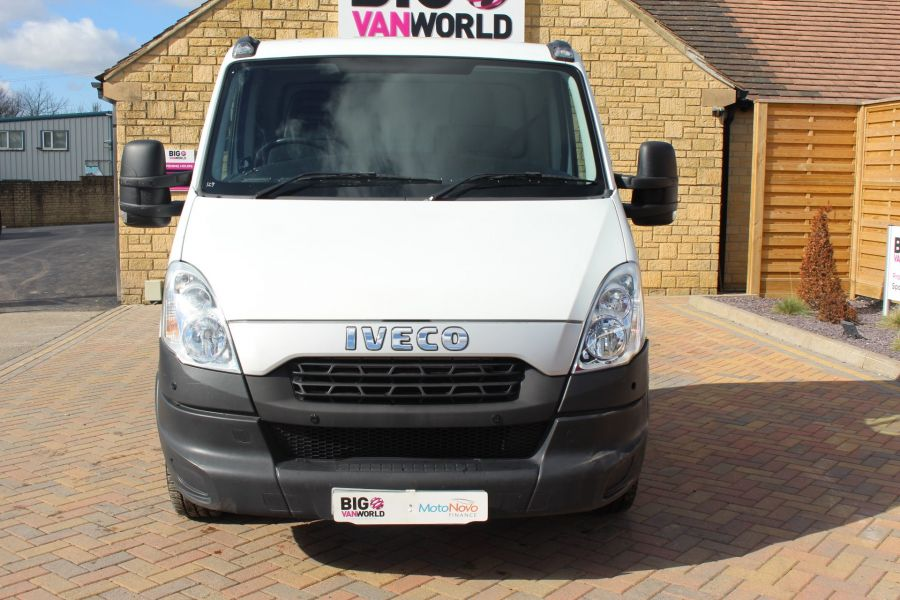 IVECO DAILY 35S11 3750 WB CHASSIS CAB - 7296 - 9