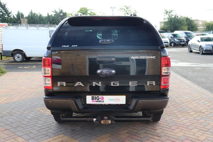 FORD RANGER WILDTRAK TDCI 200 4X4 DOUBLE CAB WITH TRUCKMAN TOP - 9555 - 6