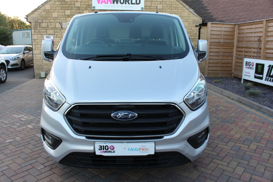 FORD TRANSIT CUSTOM 300 TDCI 130 LIMITED L1 H1 SWB LOW ROOF - 8636 - 9