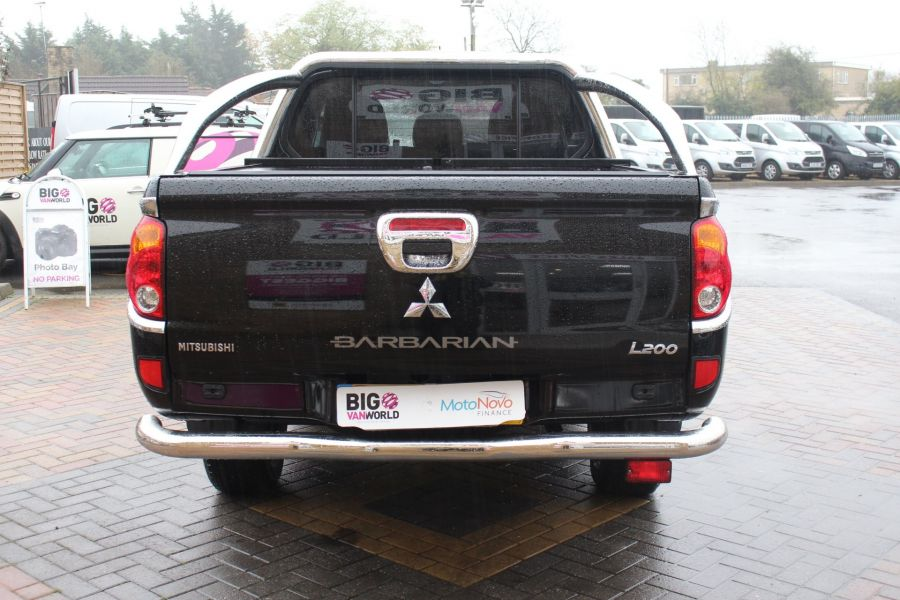 MITSUBISHI L200 DI-D 176 4X4 BARBARIAN BLACK LB SPECIAL EDITIONS DOUBLE CAB WITH ROLL'N'LOCK TOP - 6848 - 6