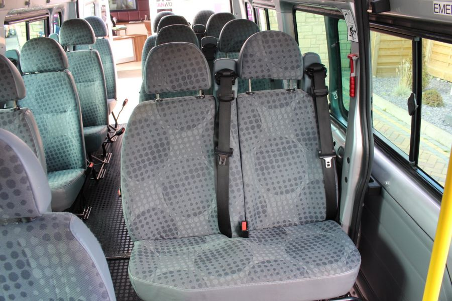 FORD TRANSIT 430 TDCI 135 LWB EL HIGH ROOF 17 SEATS BUS RWD - 6765 - 20