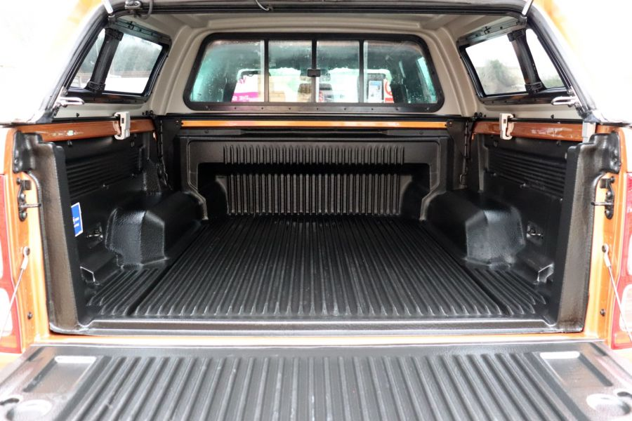 FORD RANGER WILDTRAK 2.0 ECOBLUE 213 4X4 DOUBLE CAB WITH TRUCKMAN TOP - 11613 - 53