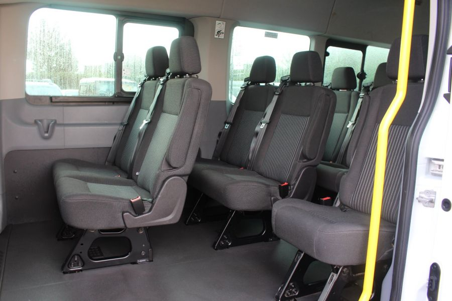 FORD TRANSIT 460 TDCI 125 TREND L4 H3 HIGH ROOF 17 SEAT BUS - 8551 - 17