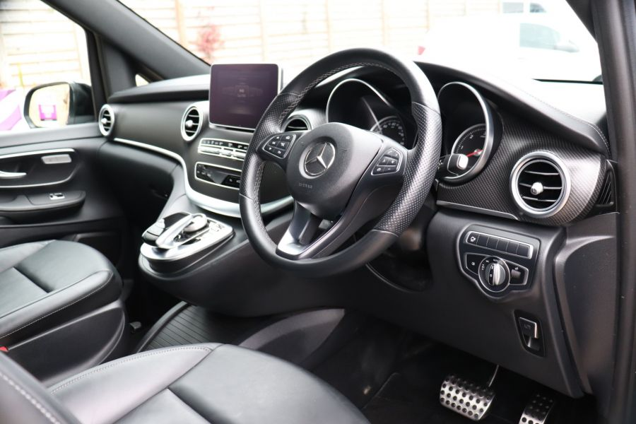 MERCEDES V-CLASS V 220 D AMG LINE LONG 8 SEATS 7G--TRONIC PLUS - 10543 - 16