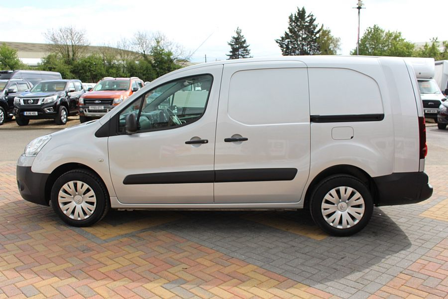 CITROEN BERLINGO 725 HDI 90 X L2 H1 5 SEAT CREW VAN SWB LOW ROOF - 9173 - 8