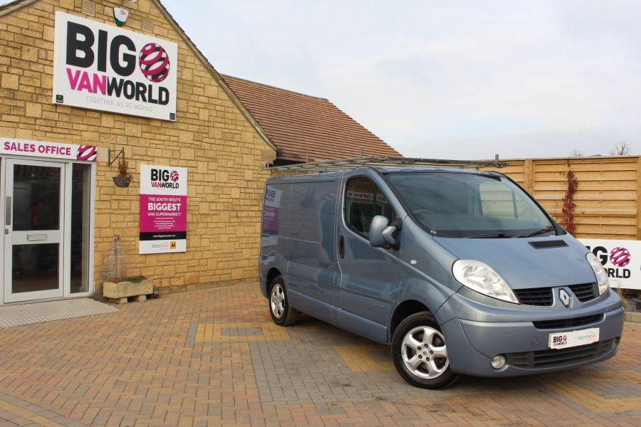 RENAULT TRAFIC SL27 DCI 115 SPORT SWB LOW ROOF - 7442 - 1
