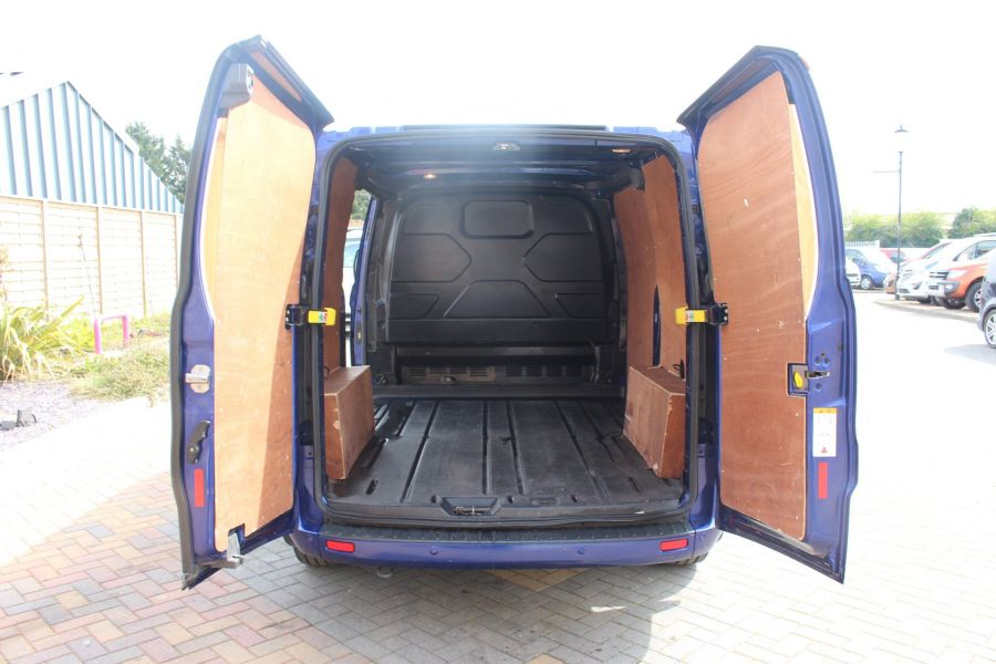 FORD TRANSIT CUSTOM 290 TDCI 125 L1 H1 LIMITED SWB LOW ROOF FWD - 9056 - 20