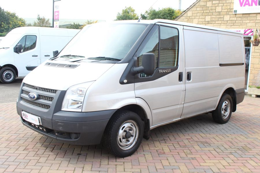 FORD TRANSIT 300 TDCI 100 SWB LOW ROOF FWD - 6733 - 8