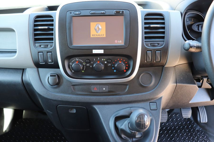 RENAULT TRAFIC LL29 DCI 115 BUSINESS LWB LOW ROOF - 9391 - 19